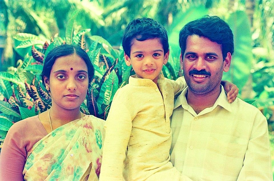 ஒரு பழையபடம். 1996 என நினைக்கிறேன். பாம்பன்விளையில் சுந்தர ராமசாமி கூட்டிய கூட்டத்தில் பௌத்த அய்யனார் என்னை ஒரு பேட்டி எடுத்தார். அது புதியபார்வை இதழில் வெளியானது. அந்த பேட்டிக்காக எடுக்கப்பட்ட படம்