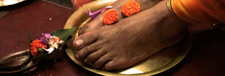 guru-paduka-1170x396