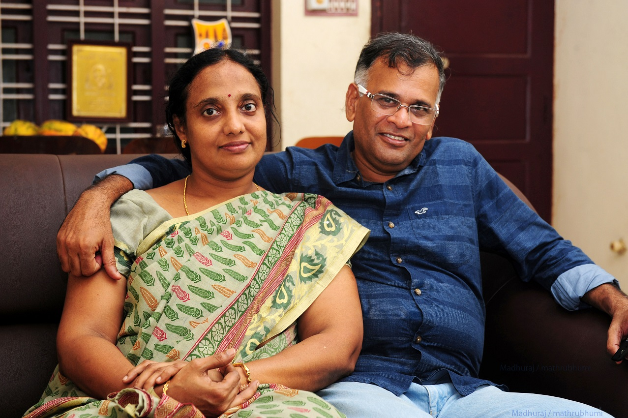 Jaya mohan,writer with his wife Arulmozhi at Nagarkovil
