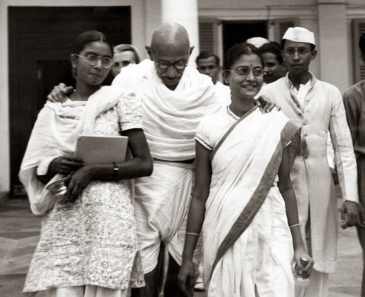 mahatma-gandhi-at-age-70-with-his-two-everett